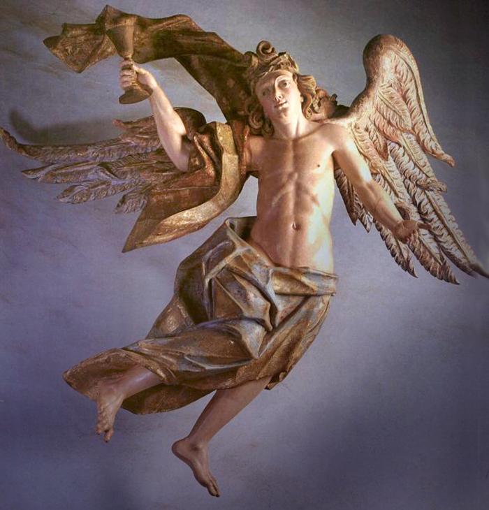 Anjo com o cálice da Paixão, na Via Sacra de Congonhas